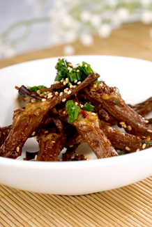 Duck tongue with chilli sauce