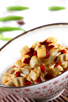 Sauteed lotus root white peppers